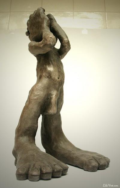 Le bruit du Monde, Sculpture Figurative ©LilaVert 2006