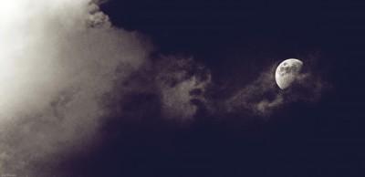 Moon ©LilaVert