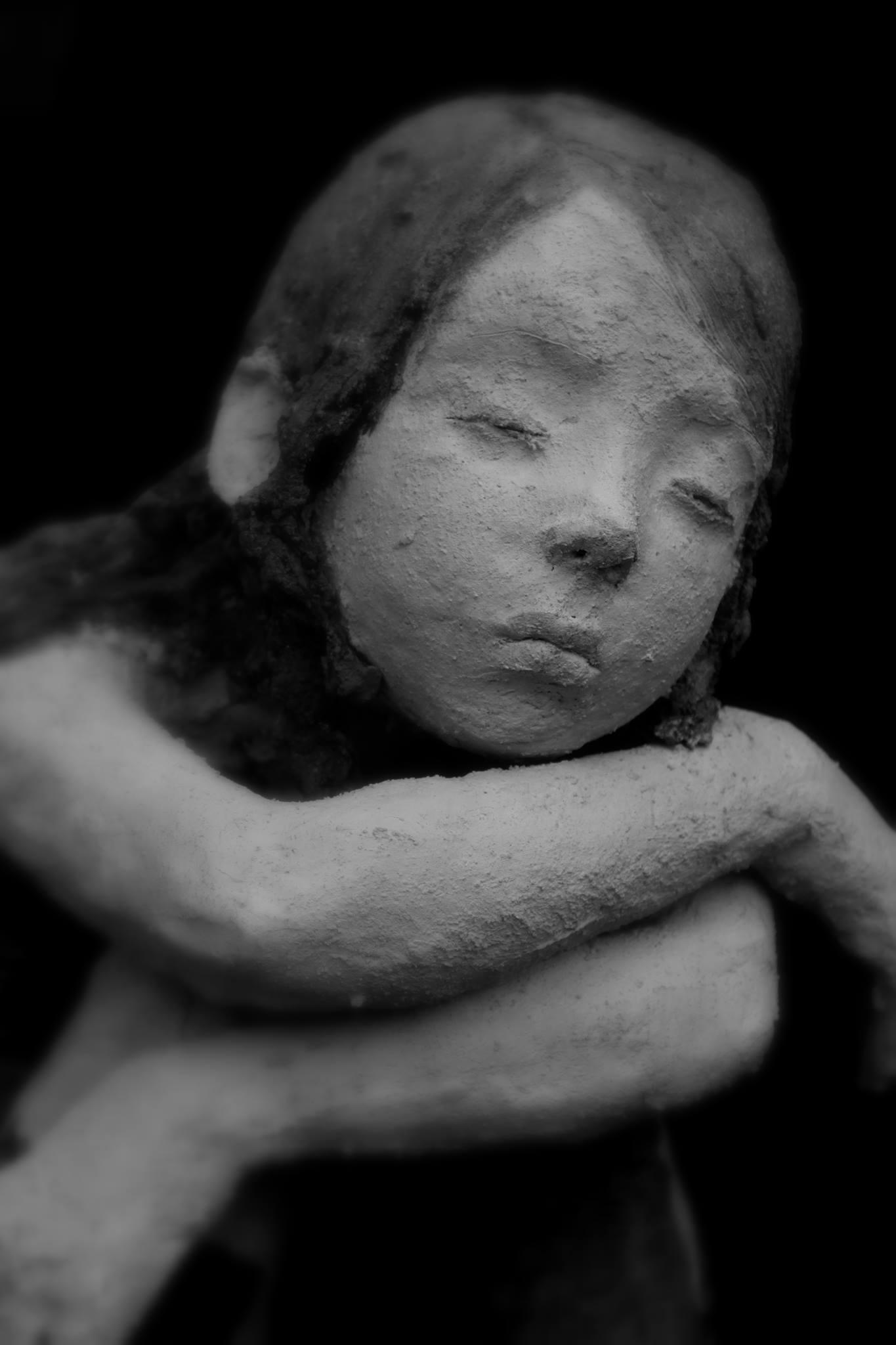 sculpture Jurga – fillette