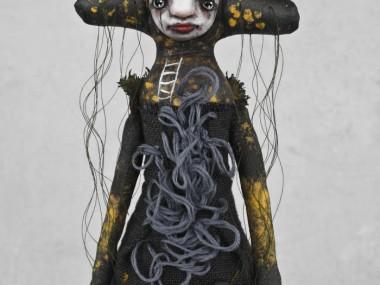 Stephanie Vandal – PRINCESSE AU PETIT POIS – Mixed media art sculptures