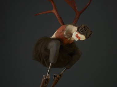 Susannah Zucker – Red Crouch, ceramic, steel, bone Sculpture
