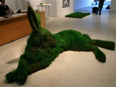 hare – Mary Catherine Newcomb/ sculpture nature