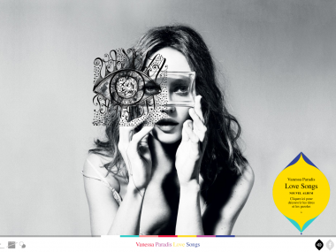 Site responsive design de Vanessa Paradis – scroll horizontal et vertical