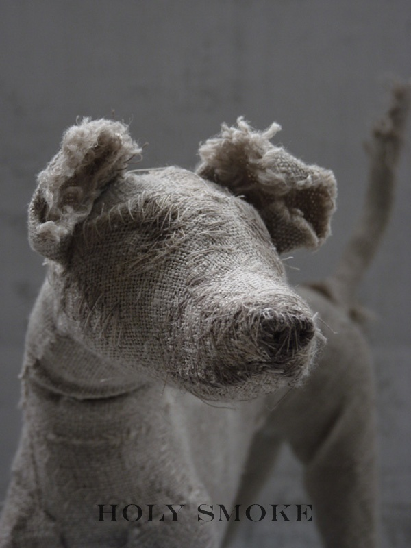 Holy smoke-Dog sculpture1