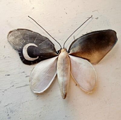 Papillon textile art – http://www.mister-finch.com