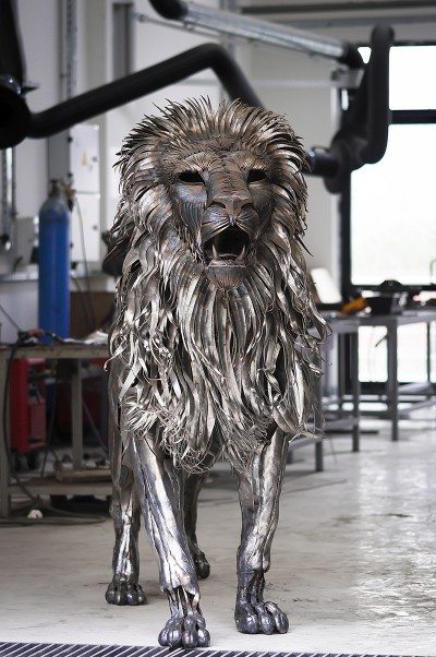 Selçuk Yılmaz – the Lion – Steampunk sculpture / www.behance.net/selcukylmz