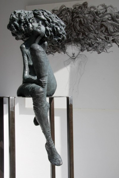 Valerie Hadida sculptures – La Romantique – bronze