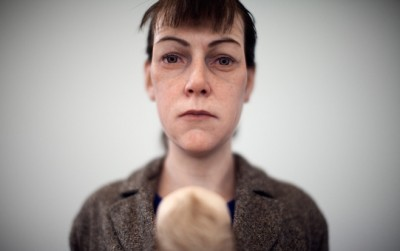 Woman With Shopping 113 x 46 x 30 cm, 2013 – Ron mueck