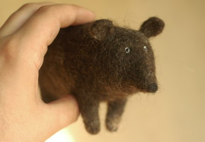Victor Dubrovsky – bear – http://www.chushka.com/gallery/toys/