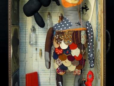 Cecile Perra, artiste platicienne, poupées, sculptures, peinture