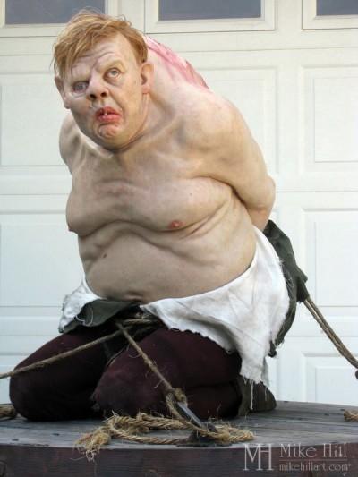 Mike Hill Art – Sculpture hyper realiste –  Charles Laughton as Quasimodo