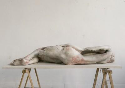 Sculpture hyper realiste macabre – Berlinde De Bruyckere