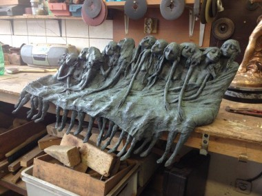 Bronze des Dormantes – Valerie Hadida sculpture
