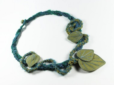 Curiosites Bohemes – art dolls – collier
