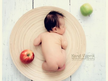 Karel Veprik – Newborn photography2