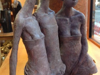 Valerie Hadida sculptures – girls