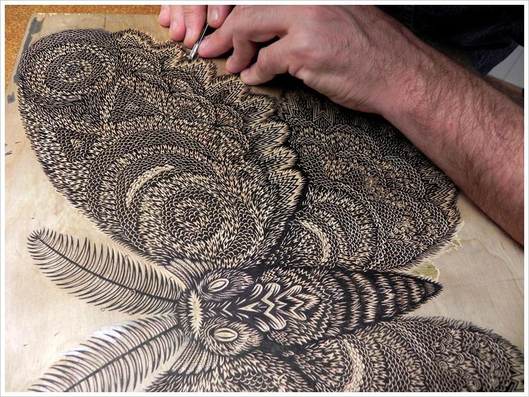 moth_woodcut_carving01