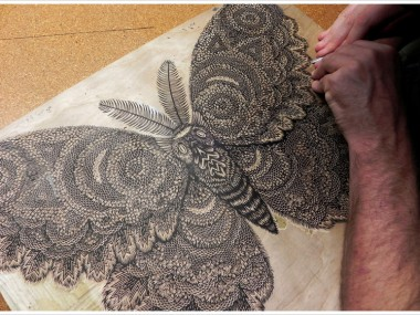 moth_woodcut_carving03
