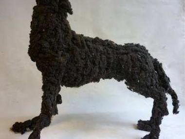 Lionel sabatte – Loup fait en moutons de poussiere