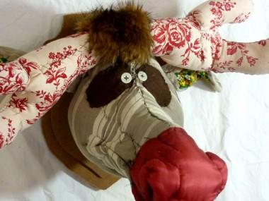 © Anne-Valérie Dupond- Sculpteur textile – trophée taureau