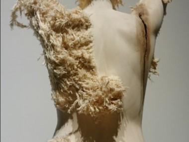 Aron Demetz – Wood sculptures