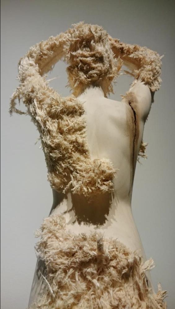 Aron Demetz – Wood sculptures