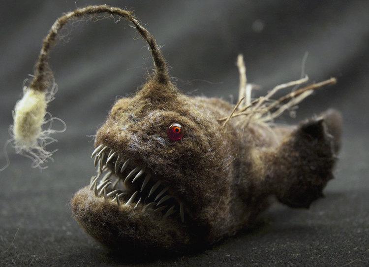 Grisha Dubrovsky – Piranha, toys art