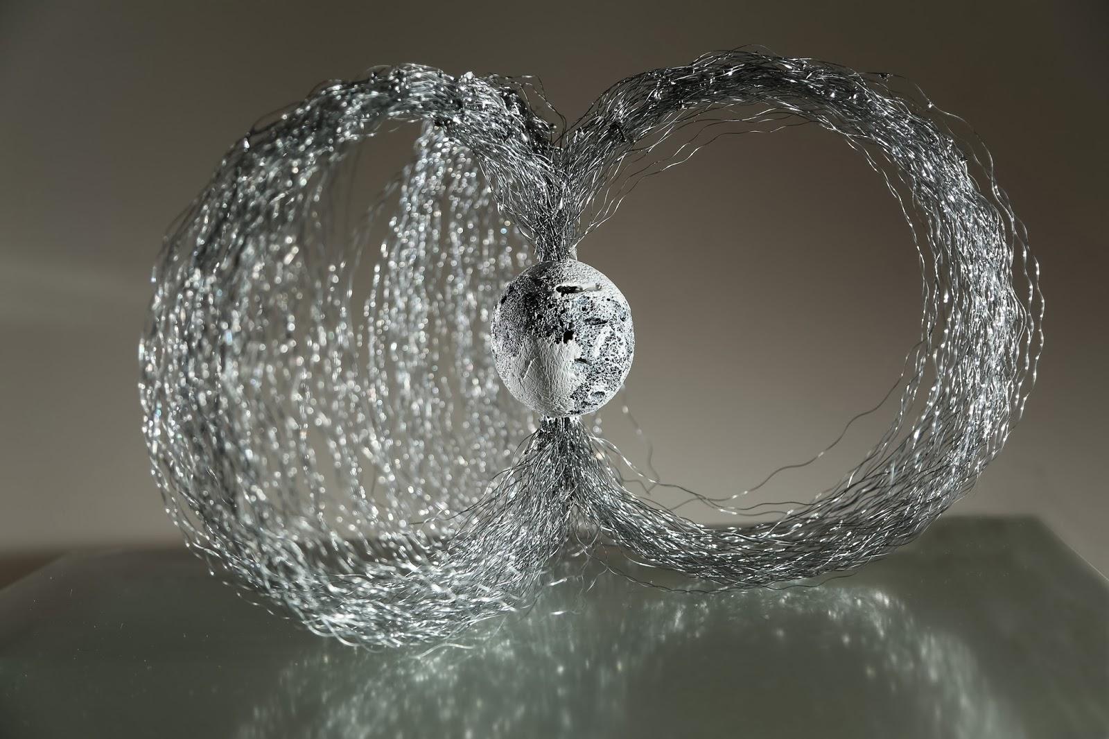 Maja Taneva – sculptures fils