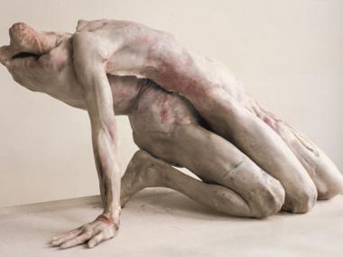 sculpture hyper realiste macabre – 'Into One Another III' by Berlinde De Bruyckere