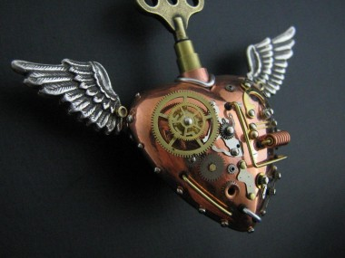 Heart steampunk creations_by steelhipdesign
