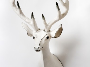 Katharine Morling – Deer – Clay, porcelain slip, porcelain and black stain