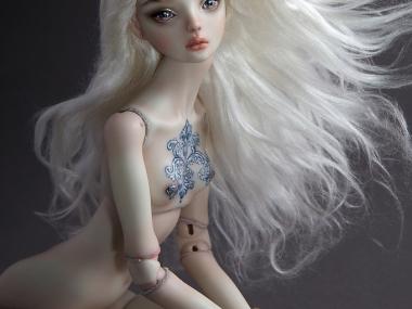 Marina Bychkova- Enchanted Doll – Daphne