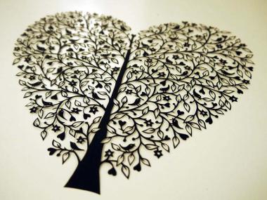 SUZY TAYLOR – Tree of Life papercut ART