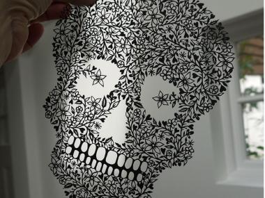SUZY TAYLOR – skull paper art