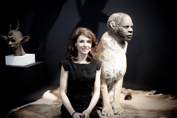 Kate Clark – taxidermie art sculpture animal / Human – portrait