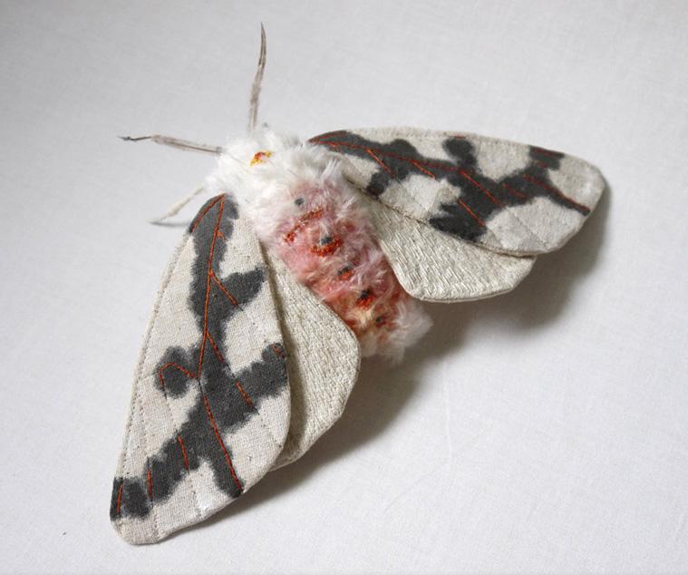yumi-okita – Textile Creatures – papillon