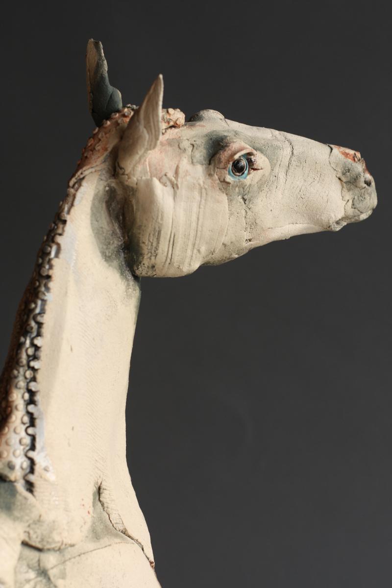 Gaynor Ostinelli – sculpteur ceramiste – horse gallery bevere