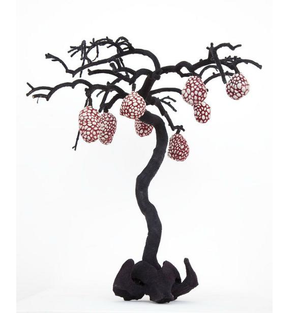 Juz Kitson – porcelain heart / Organic sculptures