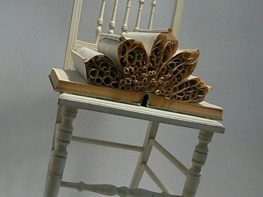 Pam Langdon – Old reconstruted book in floral art / Paper Art