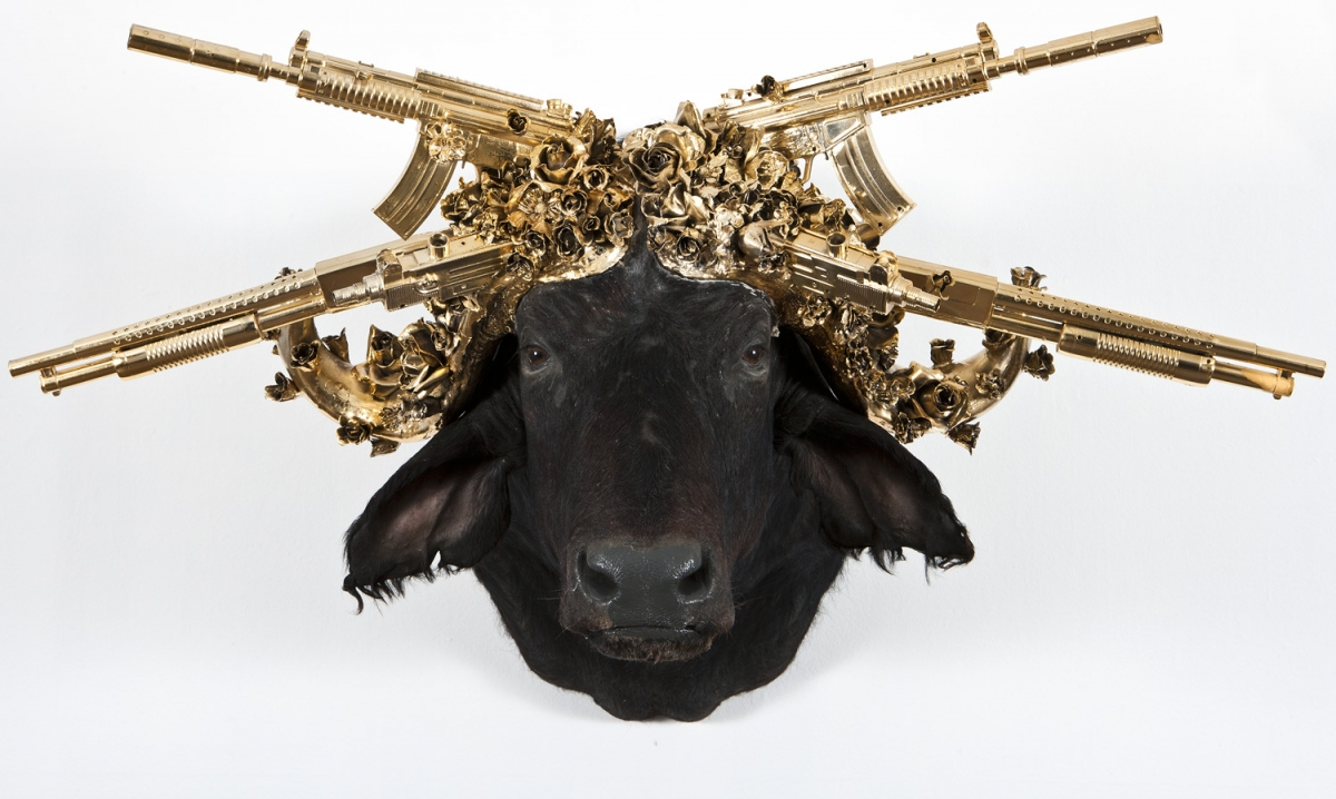 Peter Gronquist – wbuffalo / Gun taxidermy sculpture