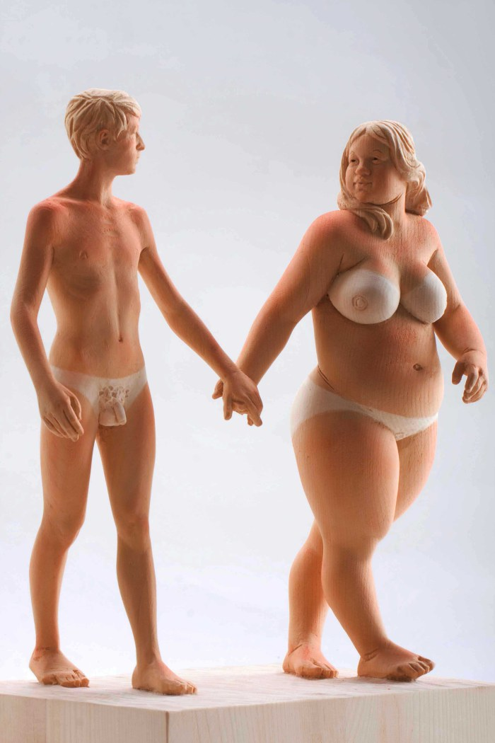 Matthias Verginer – Tomato tan / wood sculptures – Ironic