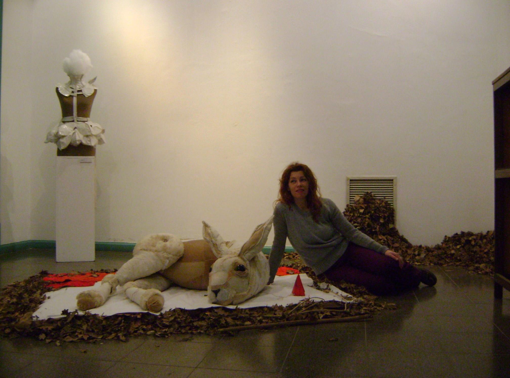 valeria dalmon – textiles sculptures portrait