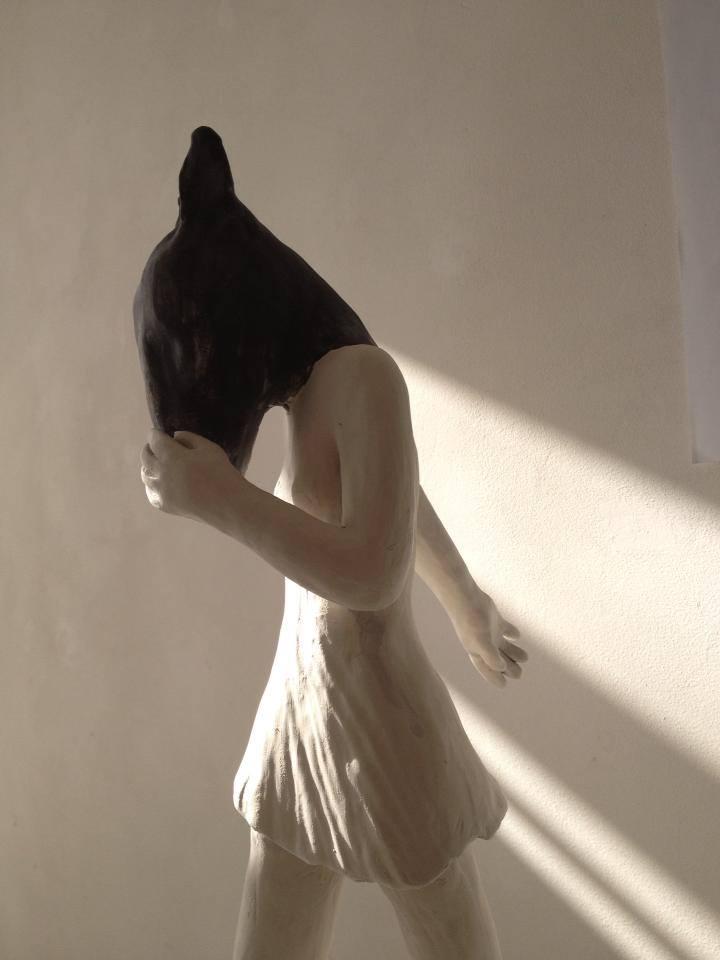 Clementine De Chabaneix – Tete de chien – porcelaine / sculptures figuratives