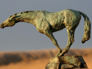 Stephanie Revennaugh – Horses sculptures