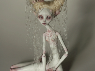 Tireless Artist – Art dolls / White Tender Demon