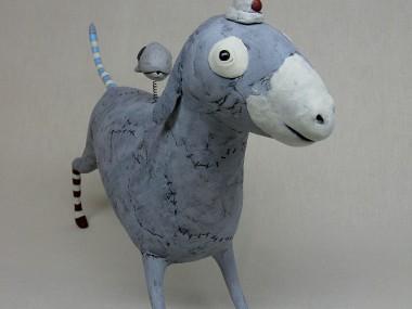 Izumi May – gray donkey / Sculptures