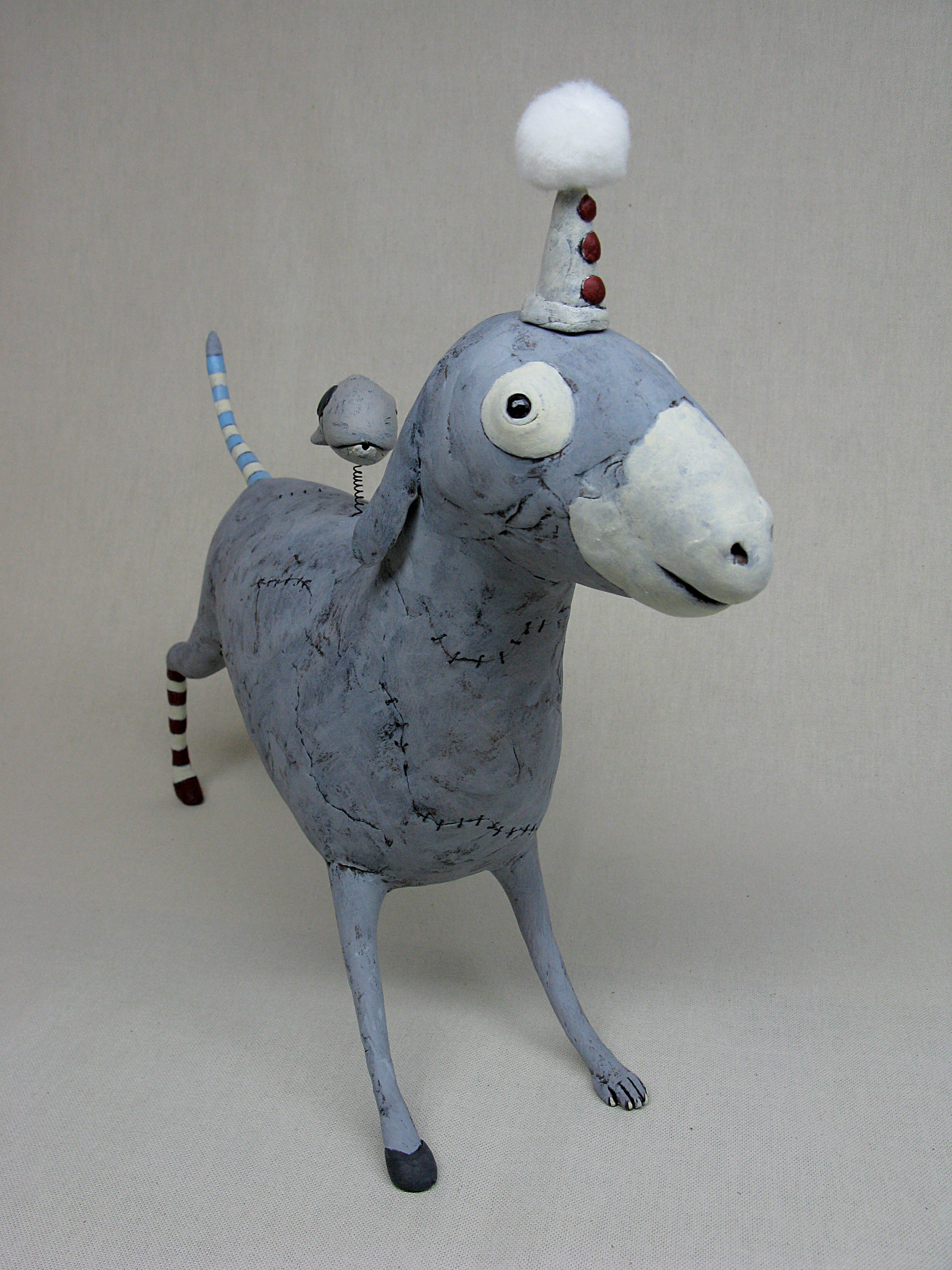 Izumi May – gray donkey / Sculptures