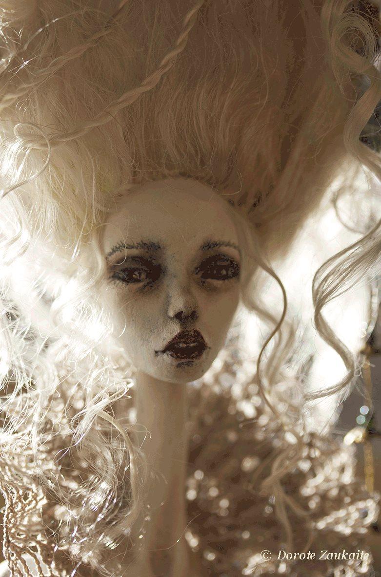 Dorote Zaukaite – Beautiful dolls mixed media art – each bird needs freedom