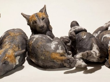 Nick Mackman – Wild dog pup sculptures