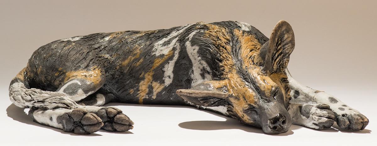Nick Mackman – chien – Painted dog sculpture